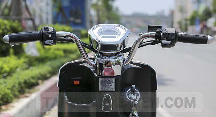 Tích hợp các tiện ích hiện đại không thua kém xe máy tay ga