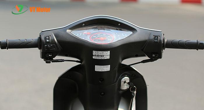 Đồng hồ xe thể hiện chi tiết